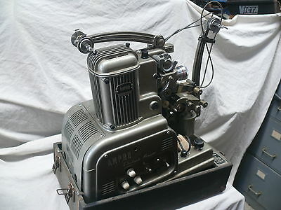 Ampro 16mm  Vintage Movie Film Projector and 2 channel amplifier