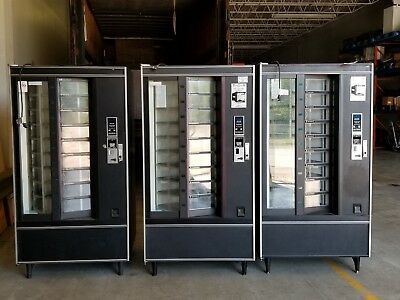 National Shoppertron 430 Rotating Cold Food Vending Machine Refrigerated