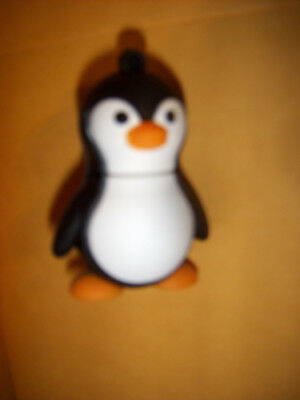 "PES-200 designs on a  ""Penguin "" memory stick~Penguins & Puffins Collection # 2X"
