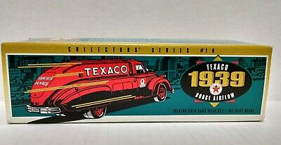 TEXACO 1939 DODGE AIRFLOW TANKER TRUCK - 1993 Collector's Series bank unopened