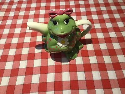 Novelty 'Girl Frog' tea pot
