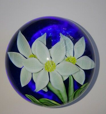 ORIENT and FLUME Elegant FLOWERS Art Glass PAPERWEIGHT