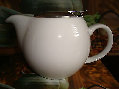 2-3 Cup Teapot with Infuser 750ml  - White / New in Box