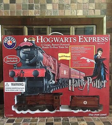 Harry Potter Lionel Hogwarts Express Train Set G-Gauge Ready-to-Run In Box!