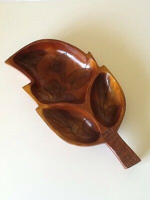 Leaf Designed Divided Wooden Dish Nuts Snack Holder Home Decor Kitchen Showpiece