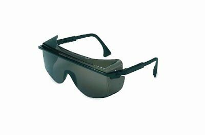 Uvex S2504C Astrospec OTG 3001 Safety Eyewear, Black Fr