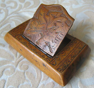 Antique Victorian Carved Treen Wood Crusader St George & Dragon & Tree SNUFF BOX