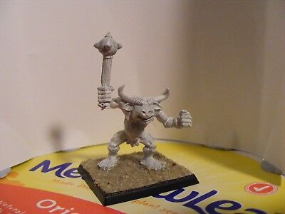 Warhammer minotaur oldhammer realm of chaos 80s oop lead whfb 3rd miniature #2