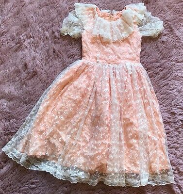 VINTAGE 1950s LITTLE GIRLS Party Dress Peach White Lace Sz 5 Christmas Holiday