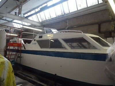 Viking 26 aft cabin cruiser narrow beam canal river cruiser