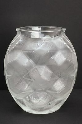 Lalique Crystal Tortue Vase Discontinued Clear model :- A very rare opportunity