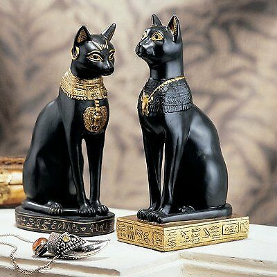Design Toscano Egyptian Cat Goddess Bastet Statue in Ma