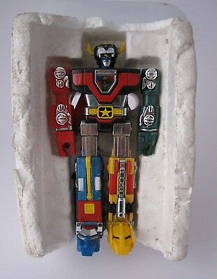 Bandai 1981 Matchbox Golion Voltron  Robot Die Cast Made In Taiwan!