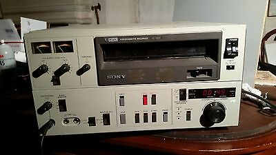 "SONY VO-5800 U-MATIC Professional 3/4"" Video Recording Deck... Close to Working"
