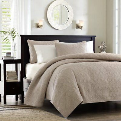 Madison Park Quebec Dusty Pale Khaki 3-Piece Quilted Ki