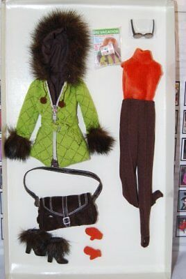 Barbie Fashion Model Skiing Vacation Fashion Dealer Exc