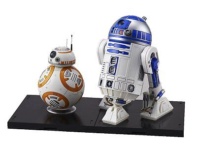 Bandai Star Wars BB-8 & R2-D2 1/12 Scale Building Kit 4549660032205