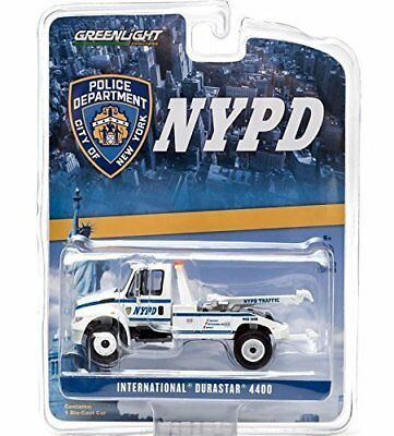 2013 International Durastar 4400 NYPD Tow Truck White 1