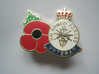Armed forces veterans with poppy pin badge, 11-11-11, remembrance, poppy