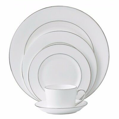 Royal Doulton Signature Platinum Fine Bone China 5 piece Place Setting **NEW