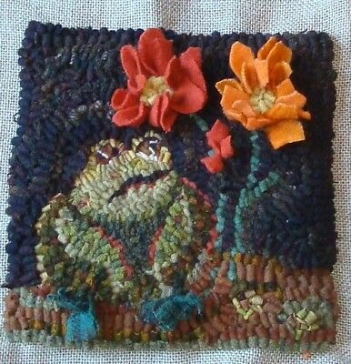 Fat Frog~Rug In A Day~Primitive Rughooking Pattern~