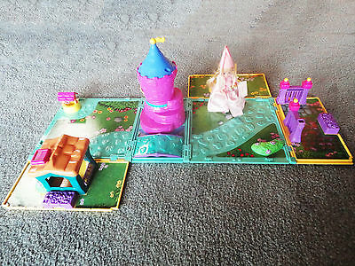 Rapunzel and the Lovely Locks - Carrying Case Playset + Madame Alexander Doll