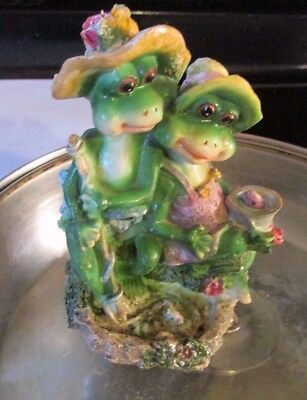 "Vintage Cute Happy Hillbilly Couple Frog Sitting on Lilly Pad Figurine 7.5"" tall"