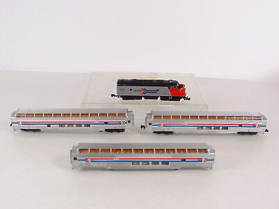 Bachmann N Scale Amtrak Diesel Engine A Unit w 3 Full Vista Domed Passenger Cars