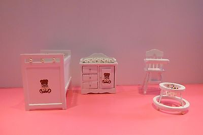 White Wood Doll House Furnitures lot 4 pieces
