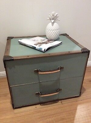 Rustic Bahamas Style Trunk Drawers/coffee Table