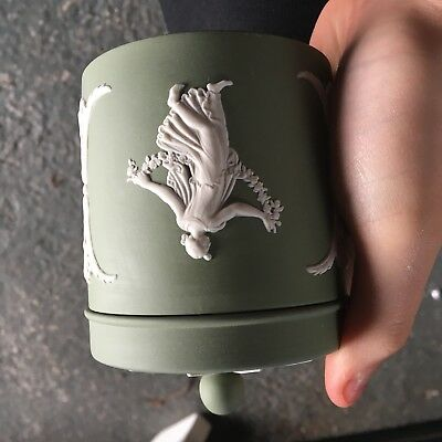 Wedgewood Green Pot With Lid