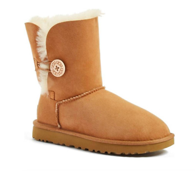 UGG Women's Bailey Button II Boots - CHESTNUT