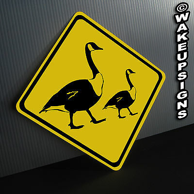 GOOSE CROSSING SIGN ALUMINUM metal collectible GEESE funny barn farm duck