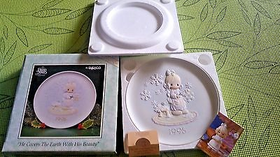Precious Moments~CHRISTMAS SERIES Plate 1995~HE COVERS THE EARTH WITH HIS BEAUTY