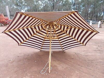 garden umbrella , sun shade , large umbrella