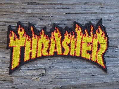 M026 ECUSSON PATCH THERMOCOLLANT aufnaher toppa THRASHER skate / 8cm x 4.2cm