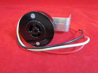 NEW - Mulberry Receptacle and Mounting Bracket 30862