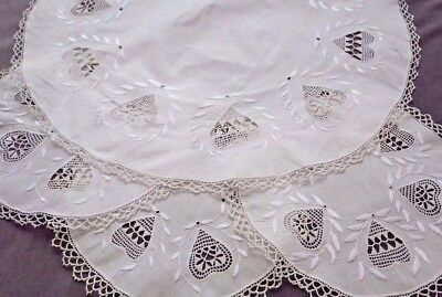 Set 4 Round HEDEBO LACE HEARTS Doilies, 1 Larger & 3 Smaller, THIN COTTON