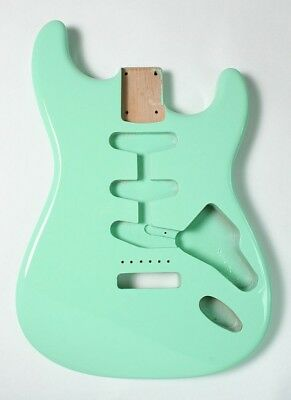 Göldo Vintage Stratocaster Body US Erle,Surf Green, Premium Weight, 1850g