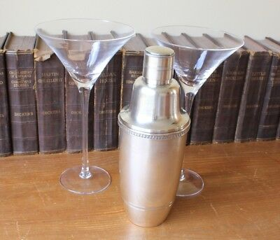 Vintage Grenadier 3 Piece Cocktail Shaker. Mid 20th Century.