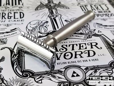 Weaponry Claymore Double Edge Safety Razor in Closed Comb