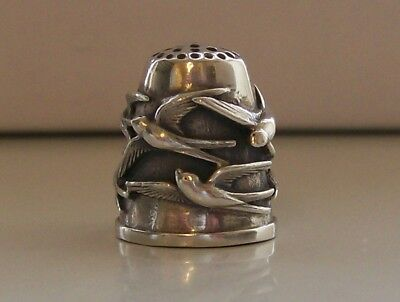 Nice Heavy Continental Sterling Silver Thimble (Birds)
