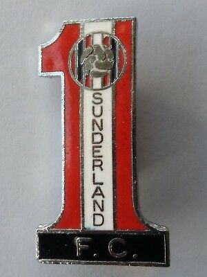 Vintage Sunderland Fc Number One Football Badge
