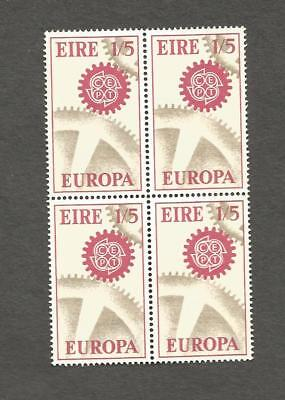 Éire,Block of Four *Europa Cogwheel* Perf 14X14.5 . S/G 230.UM  / MNG  H Value
