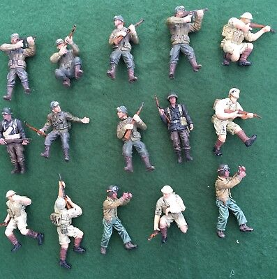 Lot 14- Forces of Valor 1/32 soldiers.