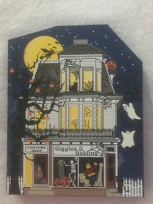 The Cat's Meow Village 1998 Giggles & Goblins Limited Edition Halloween Release
