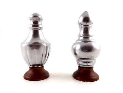 Salt & Pepper Shakers, Pewter and Wood, Classic Design, Reed and Barton Vintage