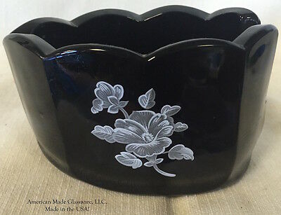 Black Glass w/ White Floral Spoonrest - Scalloped Mule
