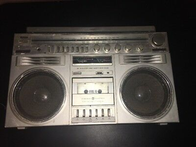 General Electric 3-5259A GE Boombox Blockbuster GhettoBlaster Nightmare On Elm