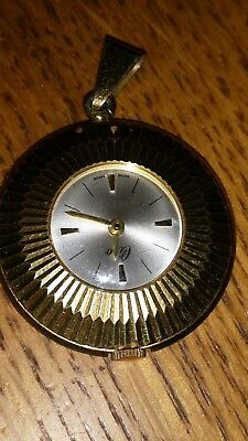 BEAUTIFUL Swiss CIRO PENDANT WATCH